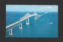 PONTS - BRIDGES - SUNSHINE SKYWAY 15 MILE BRIDGE ACROSS TAMPA BAY FLORIDA - PHOTO BY H.S. CROCKER - Ponts