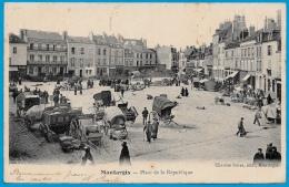 CPA 45 MONTARGIS Loiret - Place De La République (Marché) ° Chartier Frères édit. - Montargis