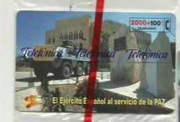 ESPAÑA 2002 - TARJETA TELEFONICA - EJERCITO ESPAÑOL - 2000 + 100 PESETAS (NUEVA Y PRECINTADA) - Espagne