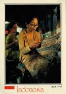 INDONESIA   BATIK  ARTIST   MAXICARD  2 SCAN      (VIAGGIATA) - Indonesia
