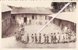 Mission Catholique Du CAMEROUN Français - L'Entrée En Classe à DSCHANG - VOIR SCANS - Cameroun