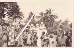 Mission Catholique Du CAMEROUN Français - Après La Distribution Des Macalas à Banka - VOIR SCANS - Cameroun