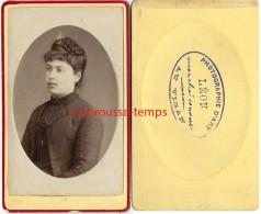 CDV Jeune Fille-photographie D´art LEON  Marché Couvert Au Vigan - Photographs