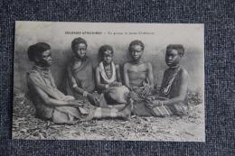 COLONIES AFRICAINES - Un Groupe De Jeunes Chrétiennes. - Guinée Française