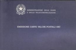 VR 3000 ITALIE JAARBOEK 1987 MET ZEGELS EN 3 BRIEFKAARTEN VOLLEDIG COTE € 110,00 ZIE SCAN - Timbres