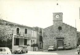 Moussac (30) - CPSM - Place Du Village - Port Gratuit - Le Gard Touristique - 2 CV - DS - Café Du Midi - France