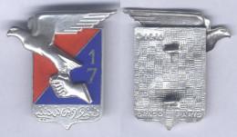Insigne Du 17e Régiment D´Artillerie - Esercito