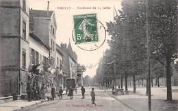 Troyes     10       Bd  Du 14 Juillet  Décorations. - Troyes