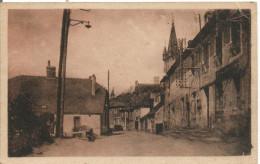 35 CHATEAUBOURG  La Poste Et La Rue Neuve - Other Municipalities