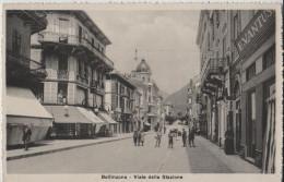 Bellinzona - Viale Della Stazione Bahnhofstrasse - Belebt Animee - Photo: Elia ColombiNo. 1204 - TI Tessin