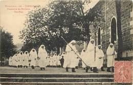 - Ref -M313-  Haute Loire - Yssingeaux - Fete Dieu - Procession Des Penitents - Processions - Religions - Fetes Dieu - - Yssingeaux