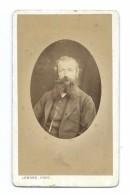 Ancienne Photo CDV Circa 1860 De LEMORE à FALAISE (14). HOMME à La BARBE De La Bourgeoisie - Photos