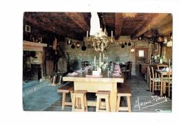15 - Condat En Feniers - Interieur De L Auberge Che Marissou - Lampe à Pétrole - Condat
