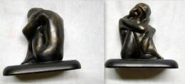 Superbe Statuette Artisanale, En Tres Bon Etat. - Sculptures