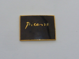 Pin's PICASSO, NOIR - Otros