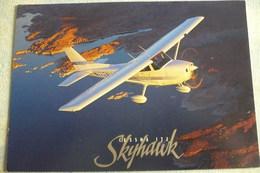 AIRLINE ISSUE / CARTE COMPAGNIE    CESSNA 172 SKYHAWK   CARTE CESSNA - 1946-....: Ere Moderne