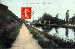 45 CHATILLON SUR LOIRE  LE CANAL A MANTELOT CANAUX PENICHES - Chatillon Sur Loire