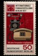 Allemagne Berlin 1977 N° 512 ** Communications, Téléphone, Téléphones, Invention, Son, Voix, Electronique, Electricité - [5] Berlin