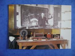 CPM RADIO - LABORATOIRE D'EDOUARD BRANLY - PHOTO DE ROGER PICARD - Radio