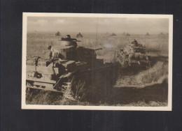 Dt. Reich AK Panzer Rollen In Der Russischen Steppe Zum Angriff Vor - Weltkrieg 1939-45