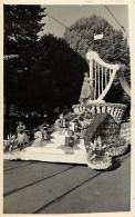 Suisse -ref C662- Carte Photo - Photographe De Bern - Cavalcade - Carnaval - Char Fleuri - Instruments De Musique - - Suisse