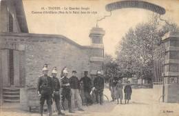 CPA 10  TROYES LE QUARTIER SONGIS CASERNE D ARTILLERIE RUE DE LA PAIX DATE DE 1876 - Troyes