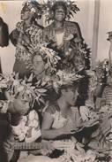 Archipel Des Tuamotu  - Preparation Des Couronnes - Scan Recto-verso - Polynésie Française