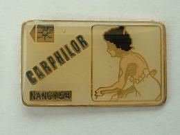 Pin´s PIN UP´S - TELECARTE - CARPHILOR NANCY - Pin-ups