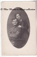 1919 PARIS - INSIGNE DE COL C 3B - CARTE PHOTO MILITAIRE - Personnages