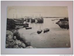 Refboite14 * 29 - Sibiril   Mogueriec Port Breton Chalutier Bateau De Peche - Autres Communes