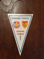 ROMANIA Fanion / Pennant - Romania Turcia 1985 Craiova - Apparel, Souvenirs & Other
