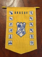 Pennant - Fanion Romania CS TRACTORUL UTB BRASOV - Apparel, Souvenirs & Other