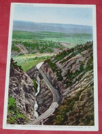 Apache Canyon In The Glorietta Mountains  ------   380 - Etats-Unis