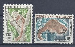 140011202  MADAGASCAR  YVERT  AEREO  Nº  130/1  **/MNH - Madagascar (1960-...)