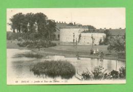 CPA  FRANCE  59  ~  DOUAI  ~   40  Jardin Et Tour Des Dames  ( LL )  Animée - Douai