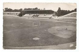 Besançon Le Stade Municipal Et Le Vélodrome - Besancon