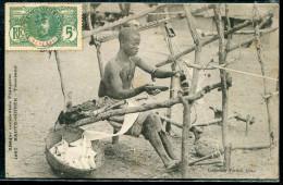 GUINÉE FRANCAISE - N° 36 / CPA D´UN TISSERAND , POUR LE DOUBS - TB