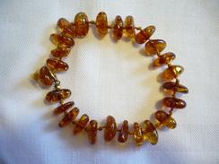 Bernstein-Armband Mit Double-Schließe   (265) - Necklaces/Chains
