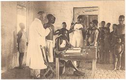 Consultation Du Poste De La Croix Rouge Du Congo - Raadplegingspost Roode Kruis Congo - Geanimeerd - Croix-Rouge