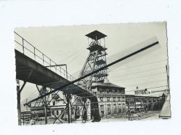 CPSM - Série Des Mineurs - Un Puits De Mine Et Son Chevalet