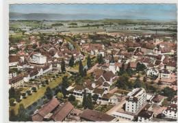 Suisse  ( VD )  En Avion Au Dessus De : PAYERNE  -105x150 , Dentelée , Glaçée - VD Vaud