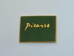 Pin's PICASSO, VERT - Otros