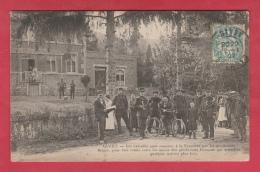 Gendarmes Belges à La Frontière Franco-Belge ( Givet ), Ramenant Des Extradés - 1907 ( Voir Verso ) - Police - Gendarmerie