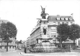 Cpsm -     Sedan -  Le Monument De 1870            AA67 - Sedan