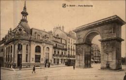 21 - DIJON - Porte Guillaume - Banque - Dijon