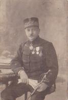 Photographie Sur Carton épais 97 X 141 Mm - Général Jacquin, Général Du 85e RI En 1909, Voir Médailles, Sabre - Guerre, Militaire