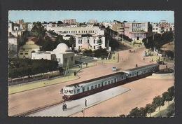DD / TRANSPORTS / TRAINS / PASSAGE DE L'AUTORAIL À SOUSSE EN TUNISIE - Trains