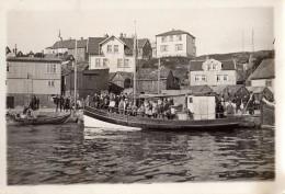 Photo Originale Bateau & Pêche - Retour Au Port D'un Bateau De Navette & Promenade Avec Gamins & Familles - Schiffe