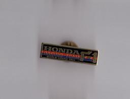Pin's Formule 1 / F1 Honda Racing Team - World Grand Prix - Automobile - F1
