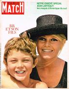PARIS-MATCH N°958 19 Août 1967 : B. BARDOT & SON FILS ; LES GUERILLEROS AMERICAINS - Algemene Informatie